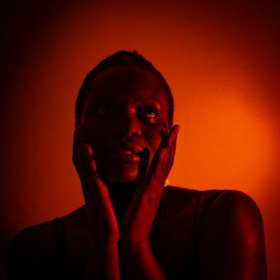 Gina-Portrait-Neon-Serie03-6