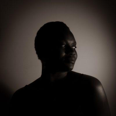 Gina-Portrait-Neon-Serie04-2